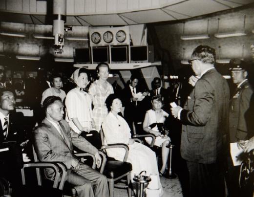 50년 전 NASA 방문한 박정희 前대통령