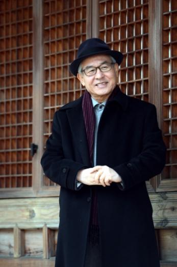 2006년부터 종교자유정책연구원을 이끌고 있는 박광서 전 서강대 교수. 종교 편향과 지나친 간섭이야말로 '종교 천국'이라는 한국의 독특한 종교적 상황을 험악하게 만들어 가는 주요인이며 시민과 종교 지도자들이 차별과 폭력의 고리를 끊는 데 앞장서야 한다고 힘주어 말한다.  안주영 기자 jya@seoul.co.kr