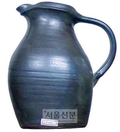 온타야키 도자기마을이 내놓은 대표적 생활 도자기. 400년 전 조선 도공에게서 기법을 전수받은 온타야키 도자기는 세계적인 평판을 얻고 있다.
