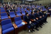 [탄핵 정국] 비박 회동·국회추천 총리 수용 선회… 탄…