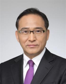홍윤식 행정자치부 장관