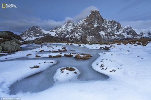 내셔널지오그래픽 선정 '2016 올해의 자연 사진가' 풍경 부문 2등상