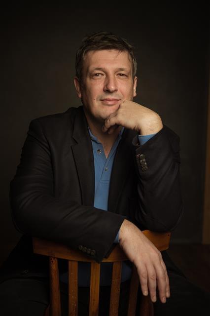 """내한 때마다 파격적인 프로그램을 선보였던 보리스 베레좁스키는 이번 무대에선 스트라빈스키와 스카를라티, 쇼팽의 음악을 들려줄 예정이다. 그는 """"지난해 예정됐던 공연이 건강 문제로 취소됐던 만큼 이번 서울 공연이 더욱 기다려진다""""고 말했다. 마스트미디어 제공"""