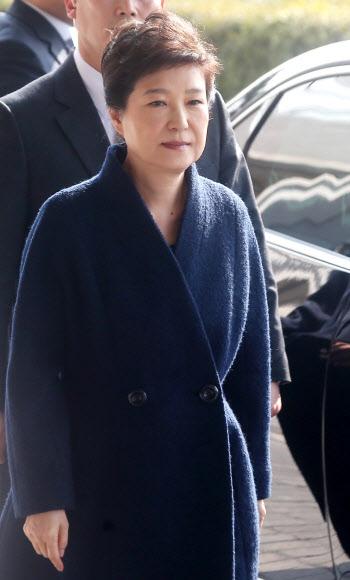 [박근혜 소환] 담담한 표정의 박 전 대통령