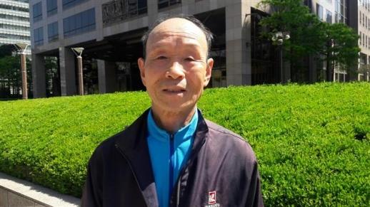 하프코스(21.0975㎞) 참가자 중 연장자인 김형근씨.  김형근씨 제공