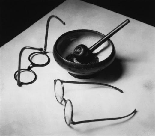 '몬드리안의 안경과 파이프'(1926)