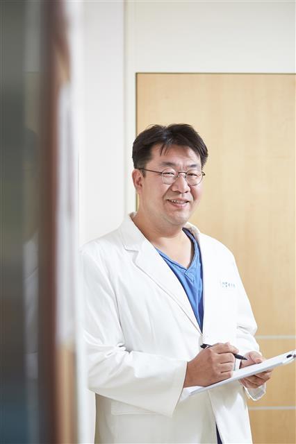 이승환 강동경희대병원 신경외과 교수