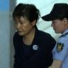 구속 100일 넘긴 박근혜, 구치소에서 더위 식히는 방법