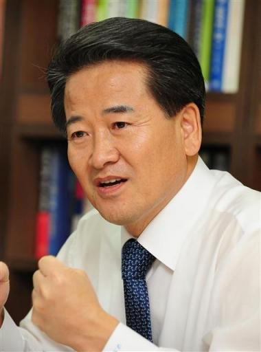 정동영 31대 통일부 장관(2004.07.01~2005.12.31)