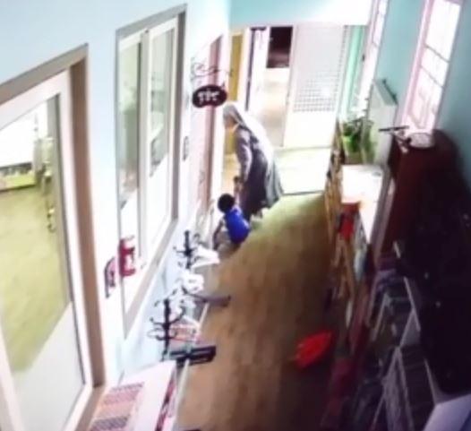 원장 수녀 원생 폭행 영동경찰서 제공