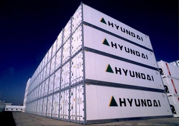 지난 4일 중국 칭다오에서 부산항까지 블록체인 기술을 적용해 시험 운항을 완료한 냉동 컨테이너. 현대상선 제공