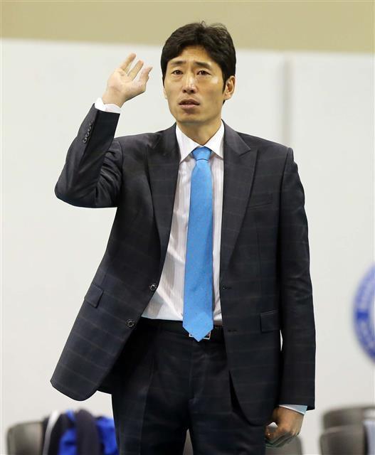 신진식 삼성화재 감독