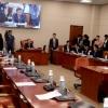 '여당마저…' 정치적 부담 커진 文대통령 침묵 속 장고 돌입