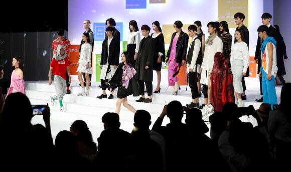 유망 디자이너 발굴 위한 패션쇼