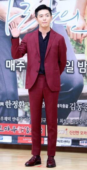 김재욱의 와인 수트