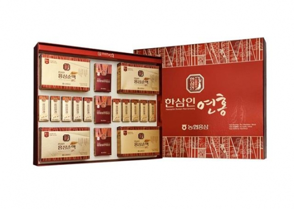 한삼인 연홍선물 세트는 100% 국산 6년근 홍삼만을 사용해 구성한 패키지 제품이다. 농협중앙회 제공