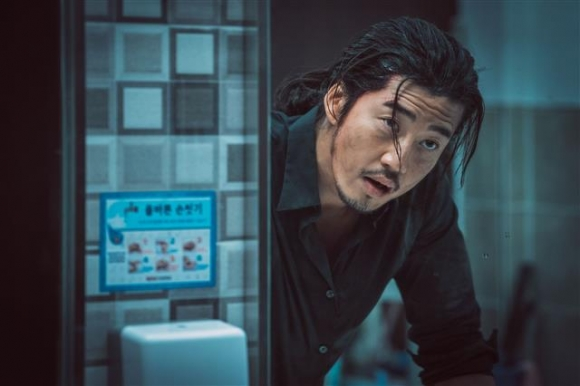 영화 '범죄도시'의 한 장면. 키위미디어그룹 제공