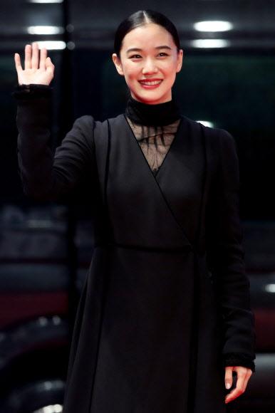 부산국제영화제 참석한 아오이 유우