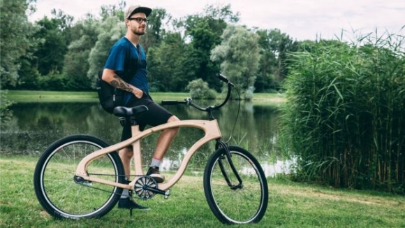 Woodster Bikes 제품은 바다오크와 습지오크로 제작된다.