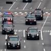 트럼프 미국 대통령, 용산 미군기지 도착…전용 리무진 타고 청와대로 이동
