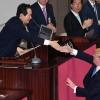 """트럼프 """"US여자오픈 1~4위가 한국 출신"""" 여야 의원 22차례 박수에 '엄지척' 화답"""