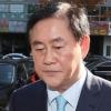 [속보] 검찰, '국정원 특활비 수수 의혹' 최경환 의원실·자택 압수수색