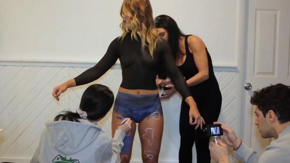 유튜브 영상 캡처. Jen The Body Painter.
