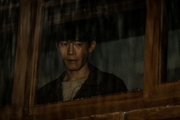 스릴러 '기억의 밤'에서 열연한 김무열. 제공 메가박스㈜플러스엠