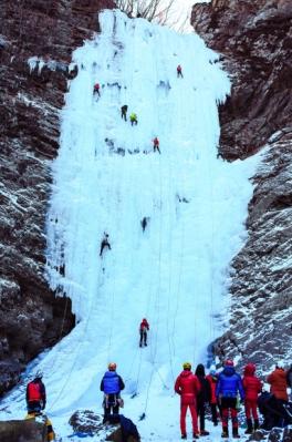 빙벽 등반의 성지 구곡폭포.