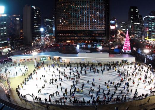 서울광장 스케이트장.