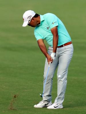김시우가 12일 미국 하와이에서 열린 미국프로골프(PGA)투어 소니오픈 1라운드 17번홀에서 아이언으로 티샷하고 있다.2018. 1.12  AFP 연합뉴스tb