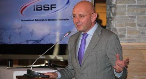 이보 페리아니 국제봅슬레이스켈레톤연맹(IBSF) 회장 겸 국제올림픽위원회(IOC) 위원.
