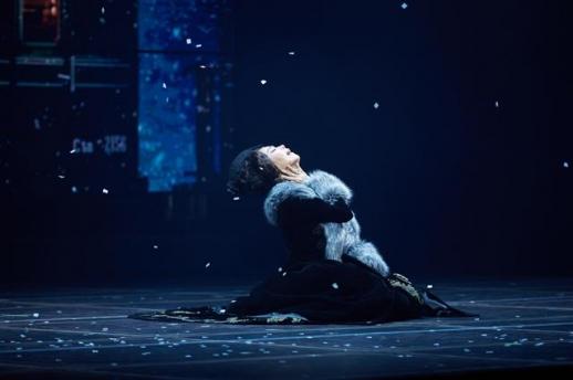 뮤지컬 '안나 카레니나'의 주인공이자 금지된 사랑에 빠지는 매혹적인 귀족부인 안나를 연기한 배우 옥주현. 마스트엔터테인먼트 제공
