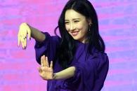 [현장영상] 선미가 가장 좋아하는 춤은?…'주인공' 포인트 안무 시범