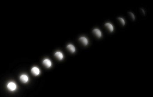 숨어버린 달