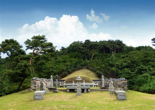 경기 용인시 모현읍에 있는 포은 정몽주 묘소.