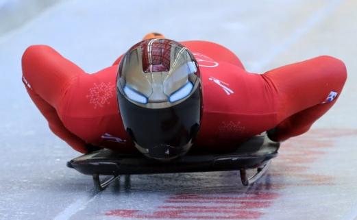 윤성빈이 지난 13일 강원 평창 슬라이딩센터에서 열린 평창동계올림픽 남자 스켈레톤 연습경기에서 출발 준비를 하고 있다.  평창 연합뉴스