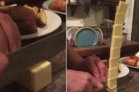 칼질만으로 8층 버터조각탑 쌓는 요리사
