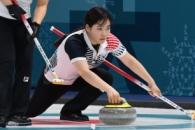 한국 여자컬링 4승에 3위 안착 비결은···중국에 12…