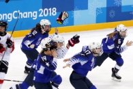 [서울포토] '금메달' 환호하는 미국 여자 아이스하키…