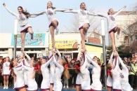 [포토] 치어리더들의 화려한 응원 퍼포먼스