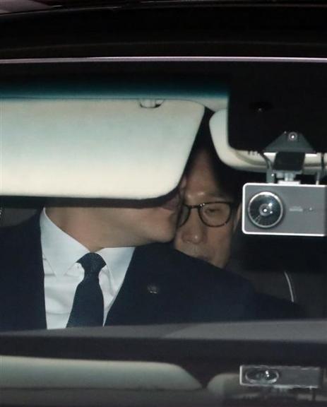 검찰로 향하는 이명박 전 대통령