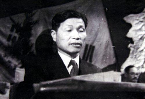 백남운, 일제강점기 '조선사회경제사'(1933)를 써서 일제의 한국사 정체성론을 비판했다. 1948년 북한의 교육상이자 조선력사편찬위원장을 맡아 역사학의 기초를 세웠다.