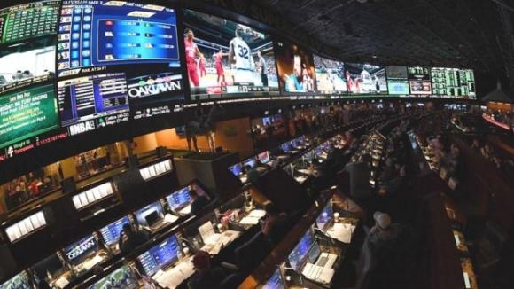 미국 네바다주의 스포츠 베팅 회사, 전광판 등이 현란하기만 하다. AFP 자료사진