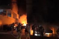 [현장영상] 한밤중 화재에 소방관들 '사투'