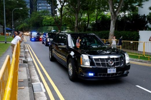 트럼프, 카펠라 호텔 향해 출발