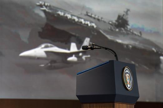 도널드 트럼프 미국 대통령이 12일 싱가포르에게 북미정상회담에서 북한 김정은 위원장에게 아이패드를 통해 보여준 동영상의 한 장면. 북한이 미사일을 발사한 직후 미국 항공모함에서 전투기가 발진하고 있다. EPA 연합뉴스