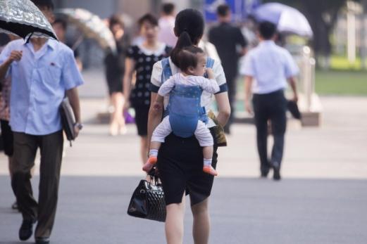 [포토인사이트] 북한에도 워킹맘
