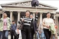 중국 최첨단 현대 무기는 단체 관광객