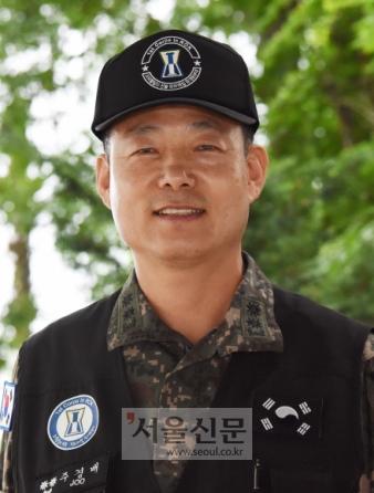주경배 육군 1군단 유해발굴과장(중령)